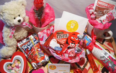 Valentine's Day Contest: Win a Gift for your Valentine!